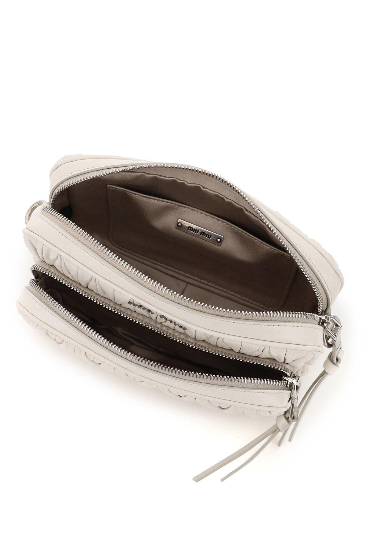 Miu miu camera bag matelasse' tracolla con pouch