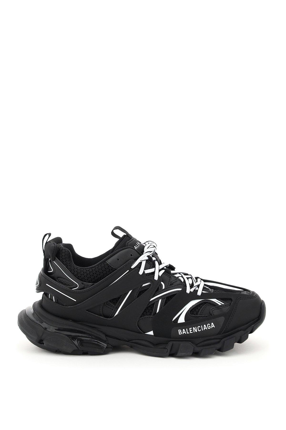 Balenciaga sneaker track