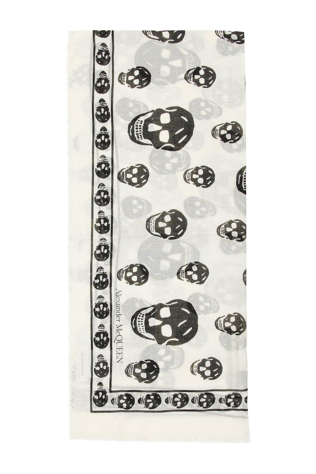 Alexander mcqueen foulard skull