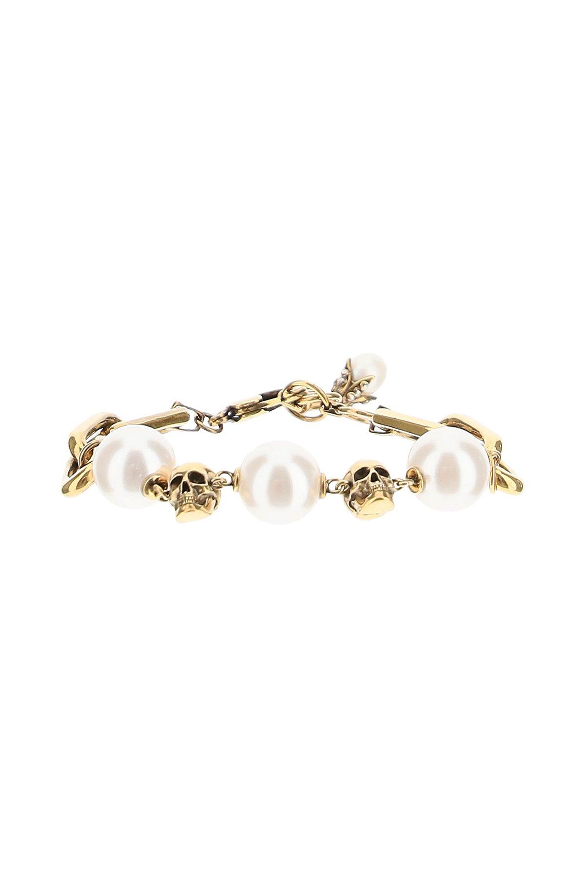 Alexander mcqueen braccialetto con perle e teschi