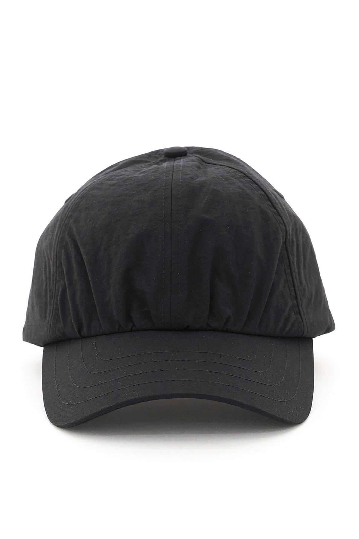 A cold wall cappello baseball crinkle nylon