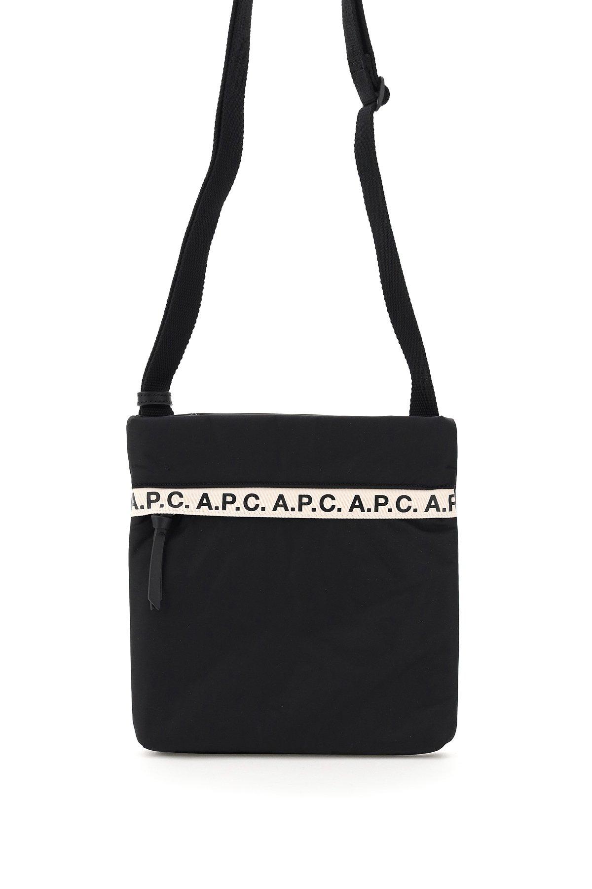 A.p.c. messenger sacoche repeat logo