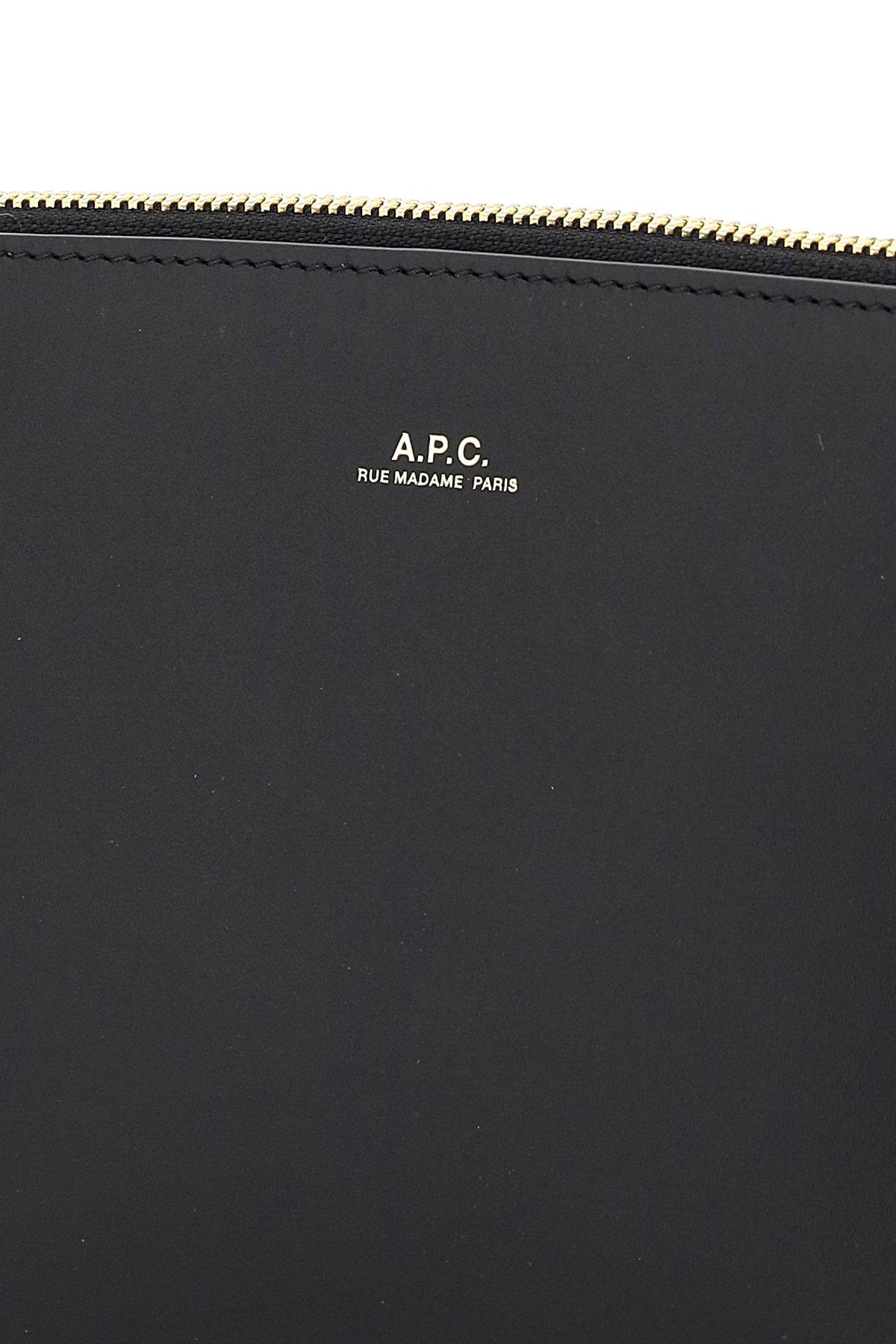 A.p.c. clutch in pelle sarah