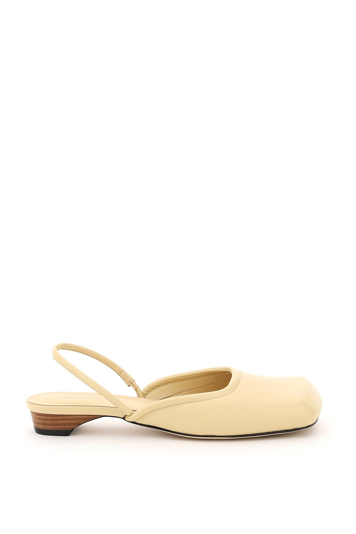 Low classic slingback squared toe sandal